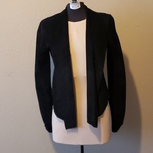 Le chateau suede shortie jacket fits xsm to med